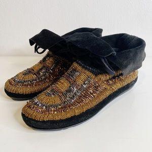 House of Harlow 1960    Maddie Beaded Moccasin